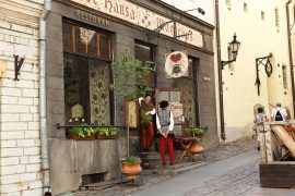 Where to eat in Tallinn Old Town: Olde Hansa medieval restaurant