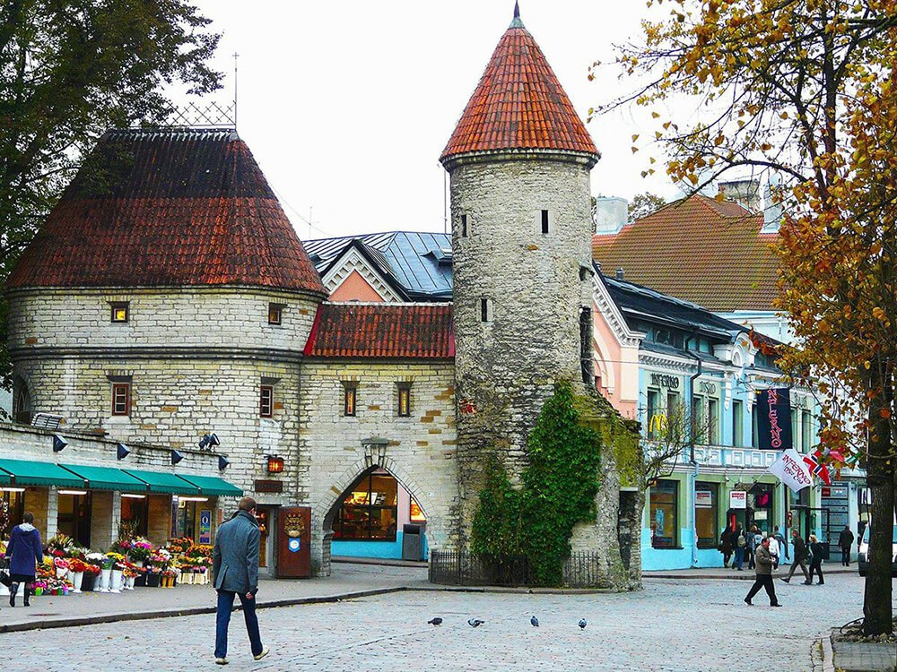 Things to do in Tallinn: walk through the Viru Gates into Old Town