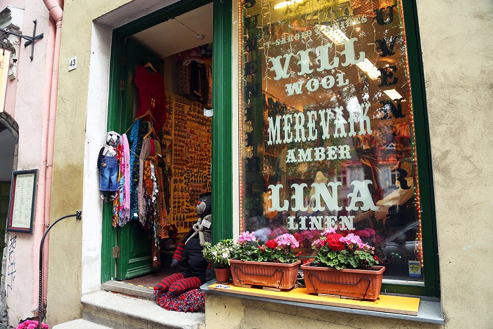 Things to do in Tallin Estonia: go shopping for local souvenirs