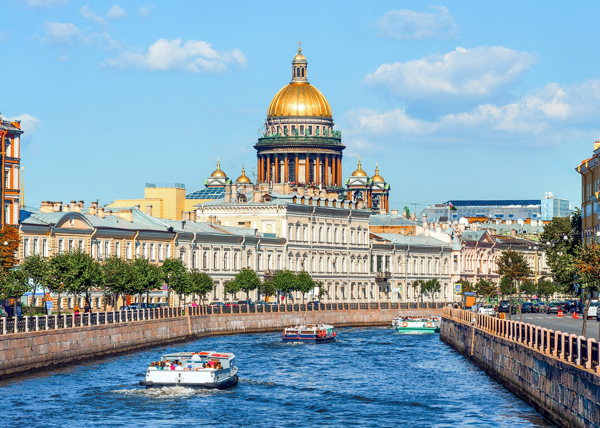 What to do in St Petersburg Russia: take a boat tour of the city's canals