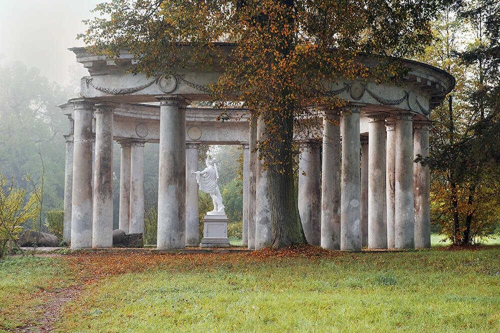The Colonnade of Apollo in Pavlovsk