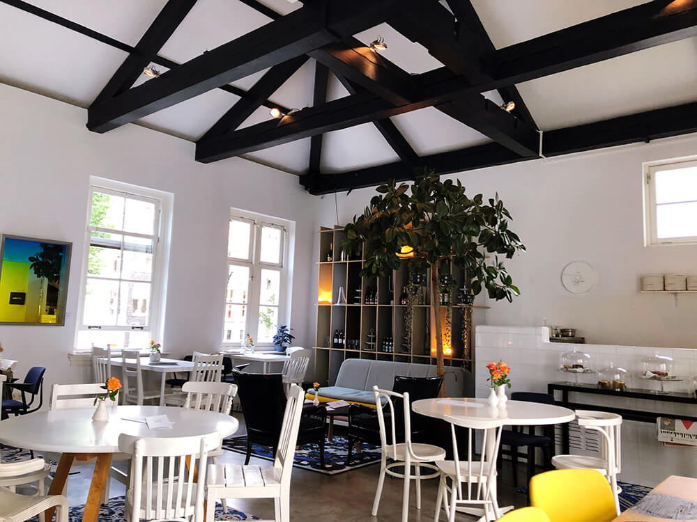 Cafe Droog spacious bright interior loft in Amsterdam