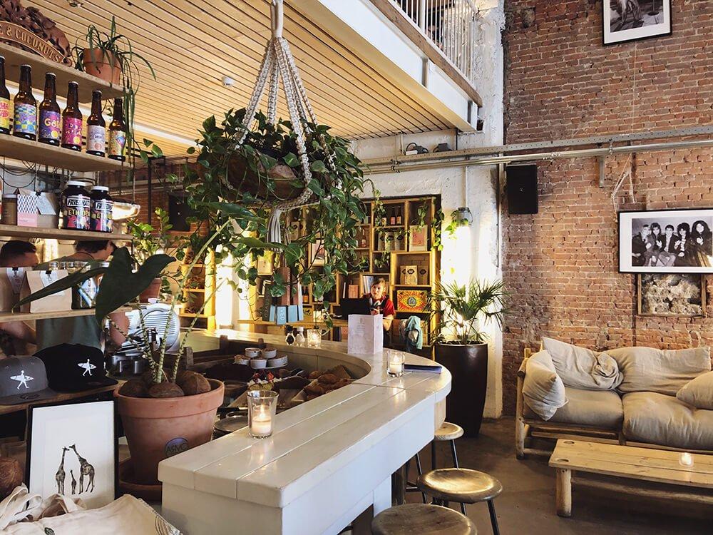 Coffee & Coconuts interiors Amsterdam