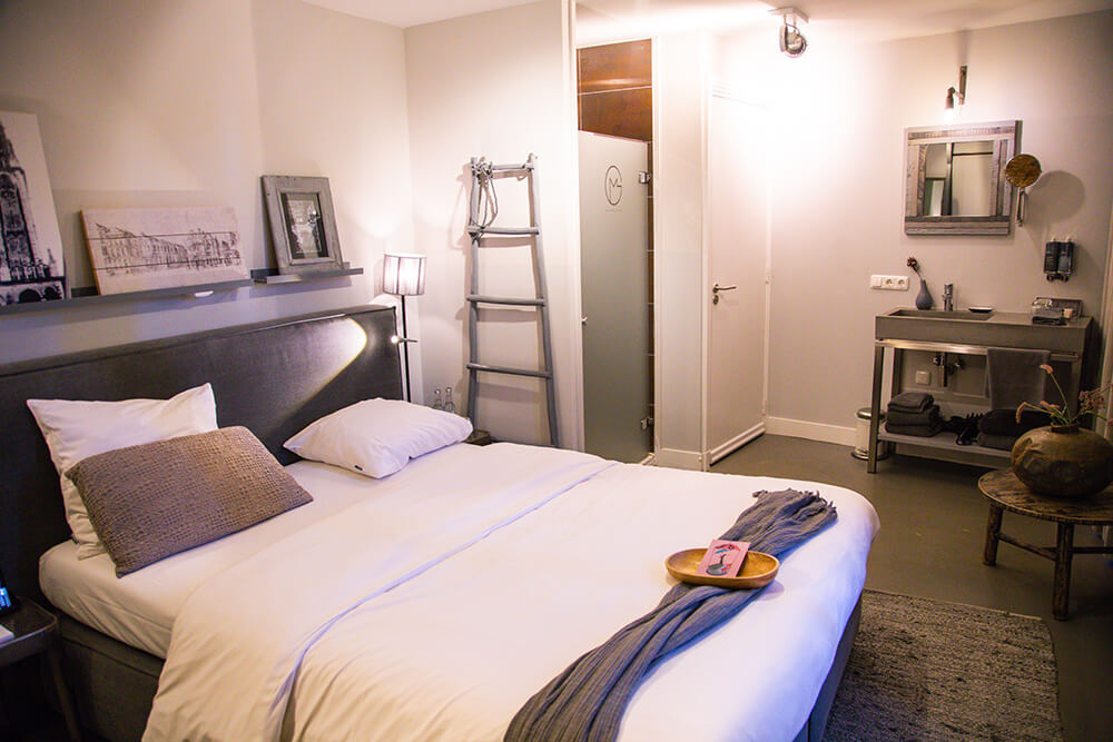 Room at Mother Goose hotel in Utrecht