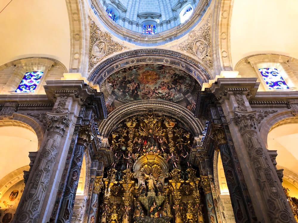 Iglesia del Divino Salvador interior church