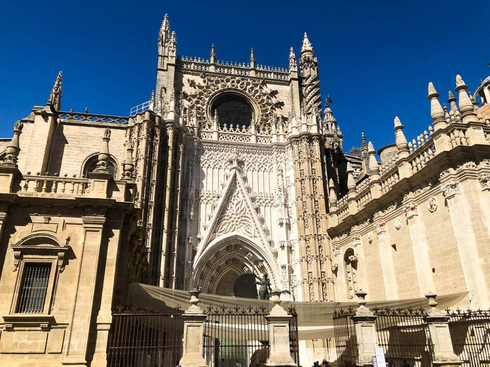 Things to do in Seville: visit the Cathedral of Seville