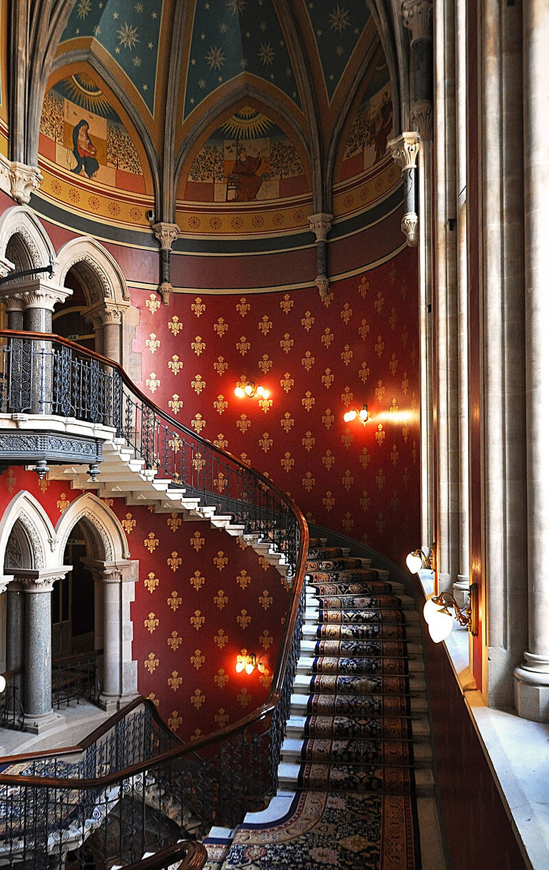 Unusual things to do in London: tour the St Pancras Renaissance London Hotel